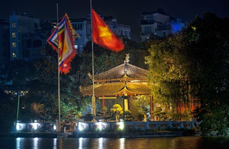 Азиатский взгляд ночи газебо стоковые изображения
