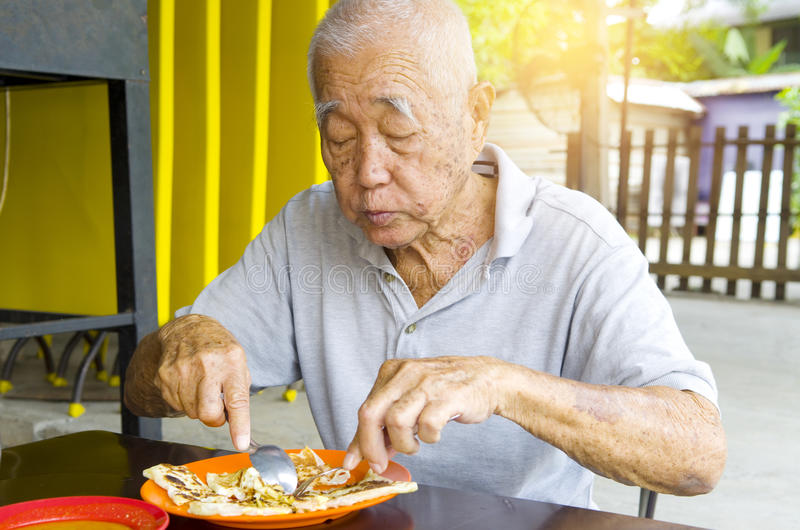азиатский старший человека стоковая фотография rf