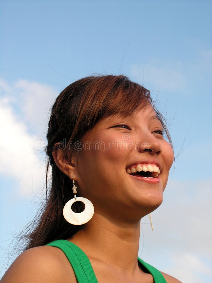 азиатский счастливый смеяться над повелительницы стоковые фото
