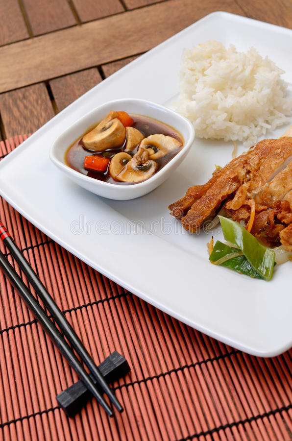 Азиатский цыпленок стоковые фото