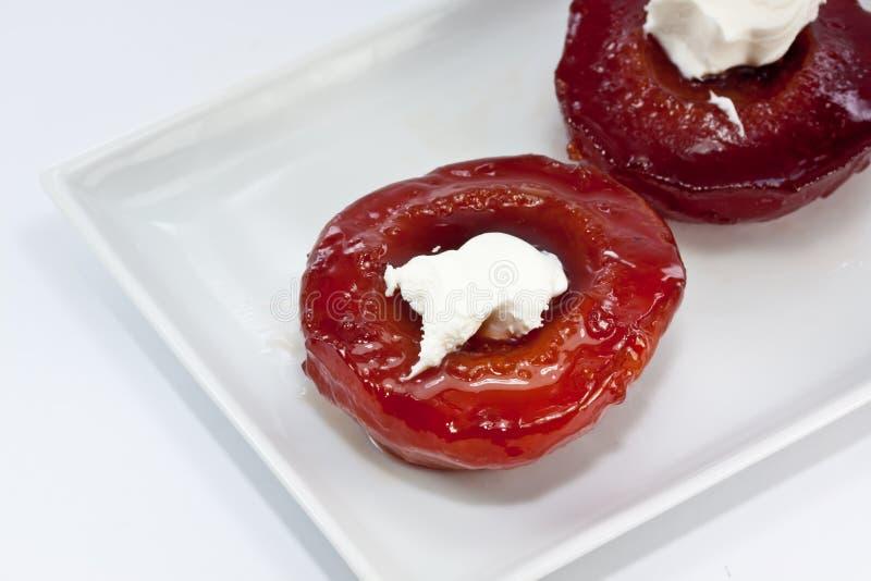 Download айва десерта стоковое фото. изображение насчитывающей плита - 18375436