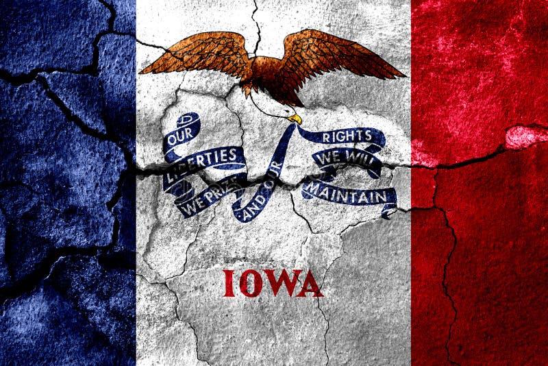 Айова заржавела треснутый флаг, ржавая предпосылка положения америки соединили бесплатная иллюстрация