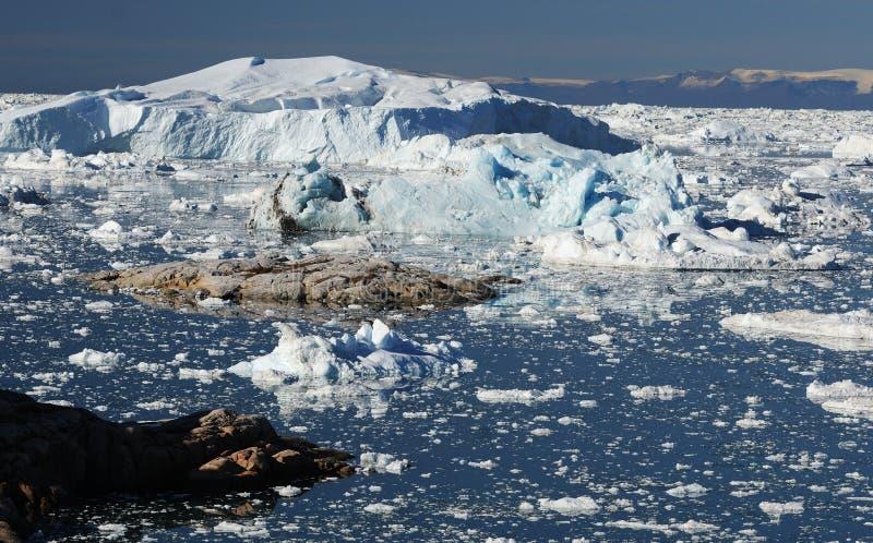 Айсберги в Гренландии стоковая фотография rf
