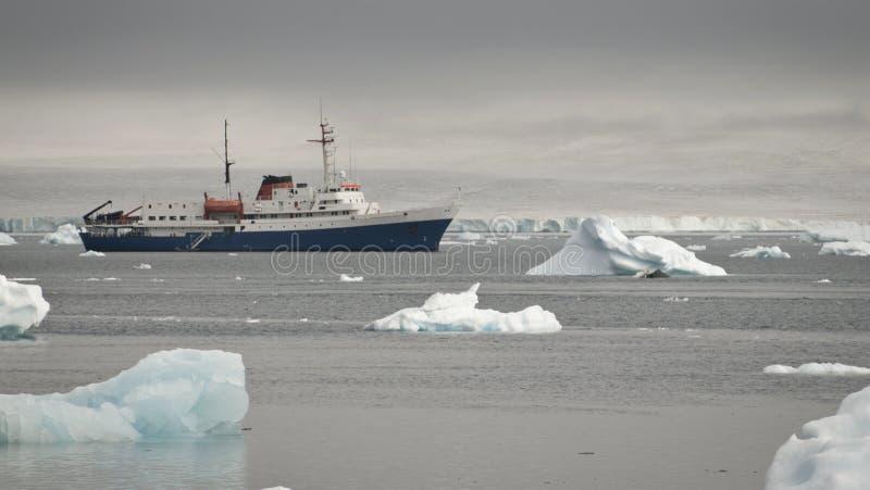 Айсберг в Антарктике стоковая фотография rf