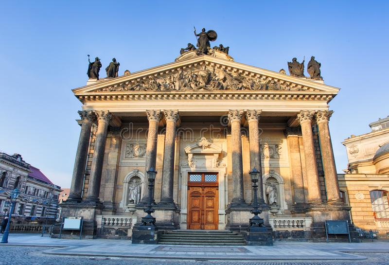 Академия искусства в Дрездене, Германии стоковые фотографии rf