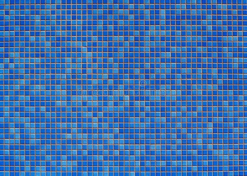 Аквамарин и голубые плитки мозаики Предпосылка и текстура, космос экземпляра стоковые фотографии rf