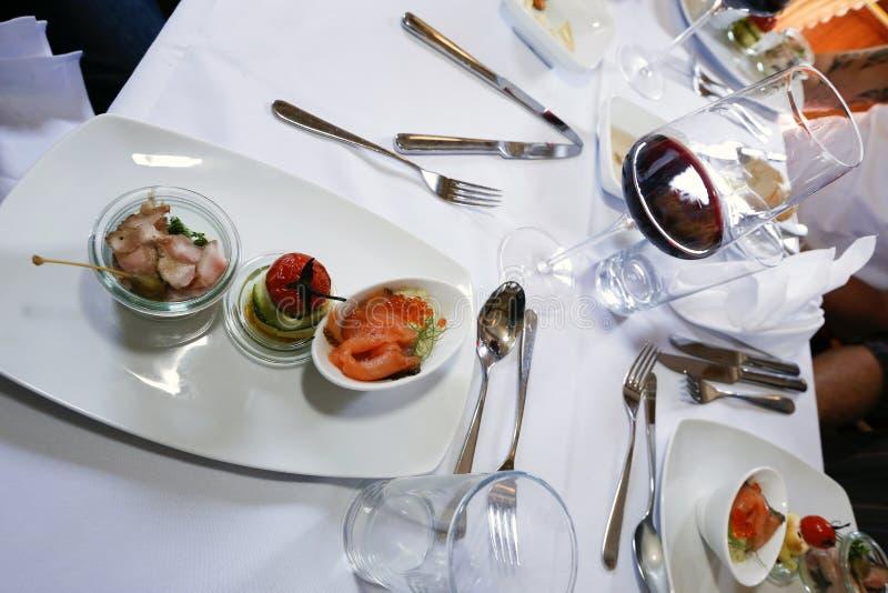 лакомка еды принципиальной схемы питательная стоковое изображение rf