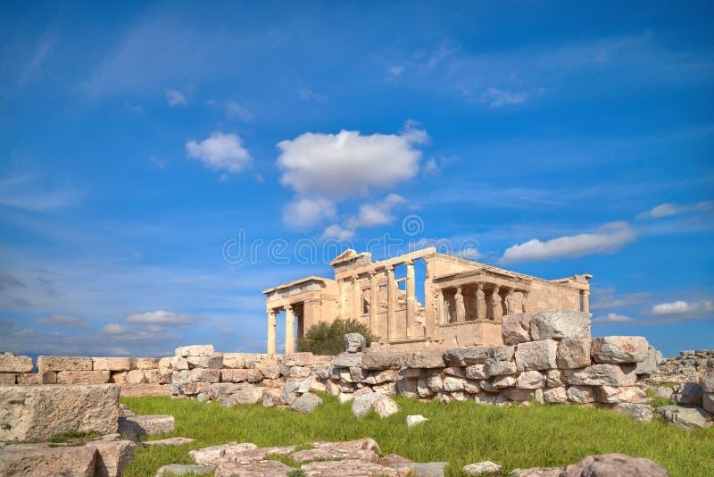 Акрополь виска Erechtheion, Афины, Греция, с известным Caryat стоковые изображения