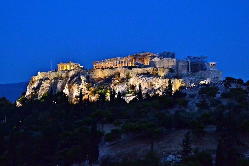 Акрополь на ноче стоковое фото rf