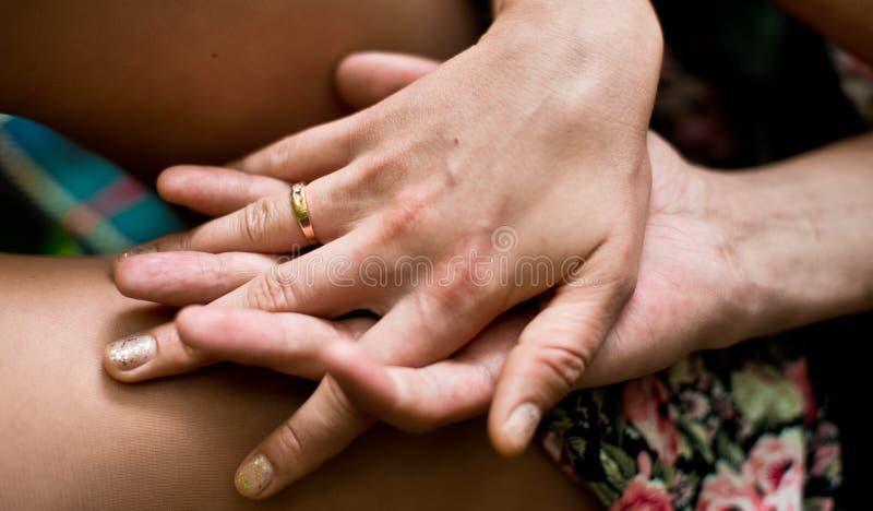 Аксессуары свадьбы установленные для невесты стоковые фотографии rf