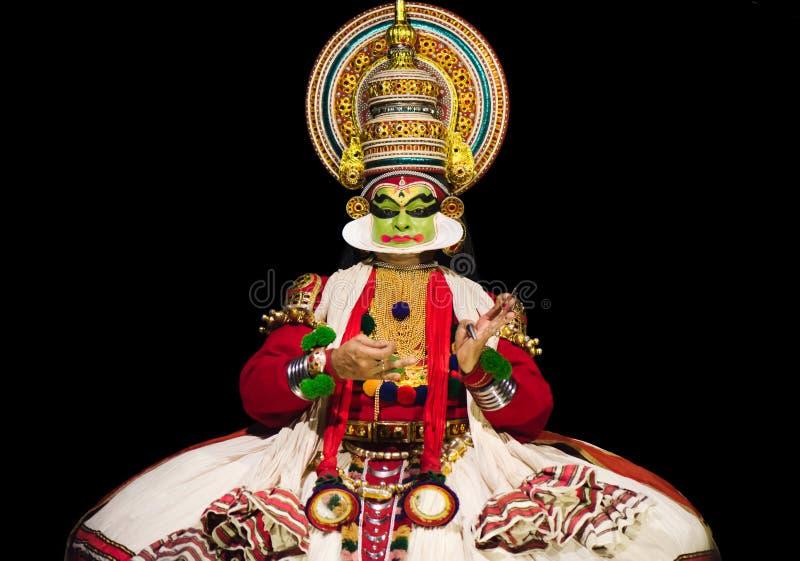 Актер Kathakali во время представления стоковые изображения