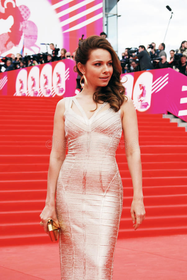 Актриса Ekaterina Guseva на XXXVI международном кинофестивале Москвы стоковая фотография rf