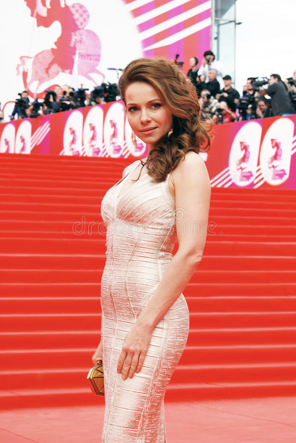 Актриса Ekaterina Guseva на XXXVI международном кинофестивале Москвы стоковое фото rf