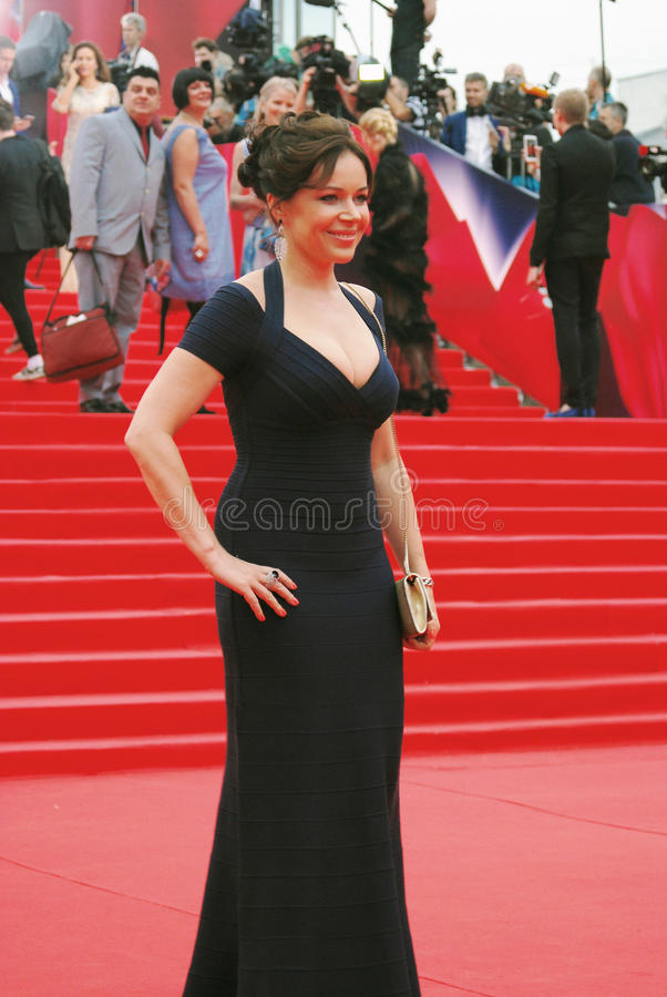 Актриса Ekaterina Rednikova на фестивале фильмов Москвы стоковые изображения rf