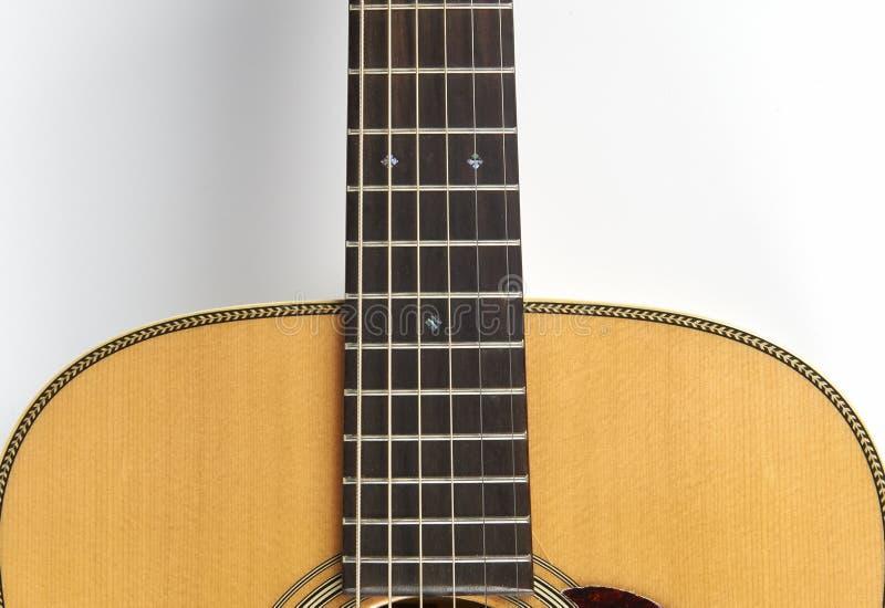 Download акустическая гитара стоковое изображение. изображение насчитывающей популярно - 41654145