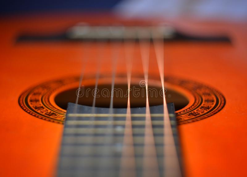 акустическая классицистическая гитара стоковое фото rf