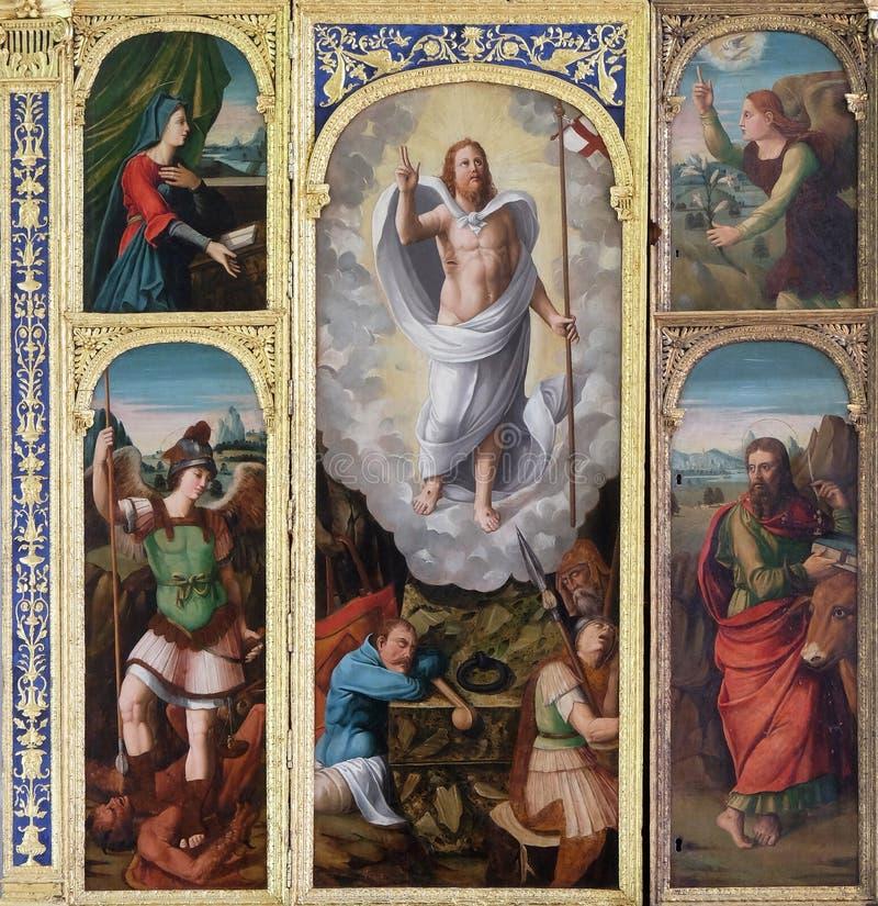Алтар воскресения Иисуса в францисканской церков в Дубровнике, Хорватии стоковые фотографии rf
