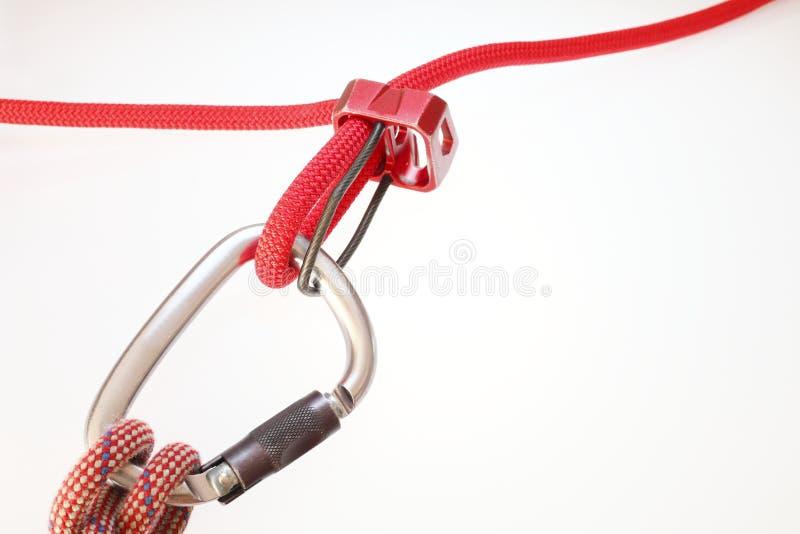 алюминиевая безопасность carabiner стоковая фотография rf