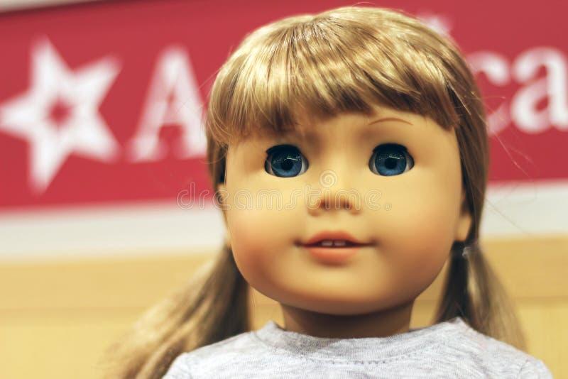 Американская кукла девушки стоковое изображение