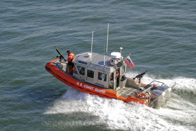 американская служба береговой охраны шлюпки стоковая фотография rf