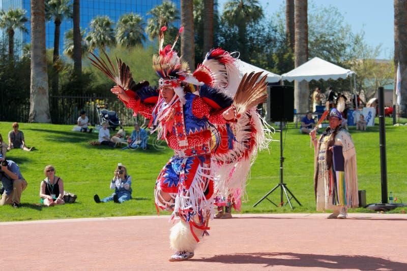 Американский индийский танец орла стоковая фотография rf