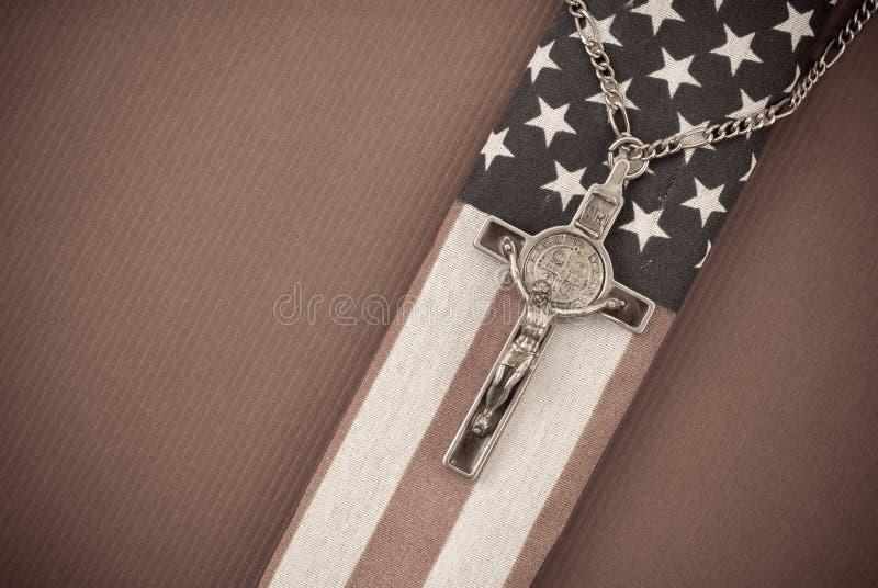 американский флаг распятия стоковая фотография rf