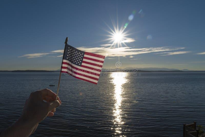 Американский флаг с sunburst стоковое изображение rf