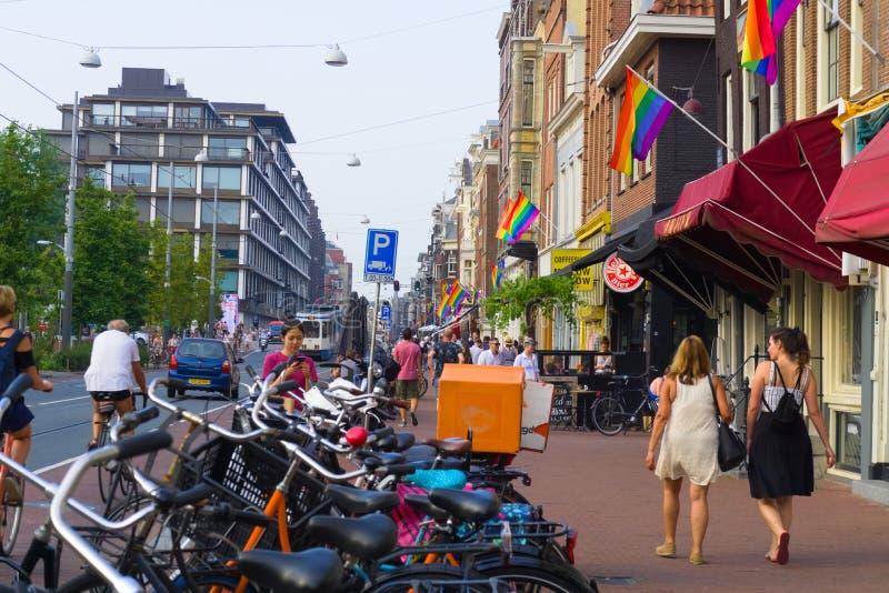 27-07-2019 Амстердам нидерландский гей-парад Амстердам 2019 предусматривал во флагах радуги стоковые изображения rf