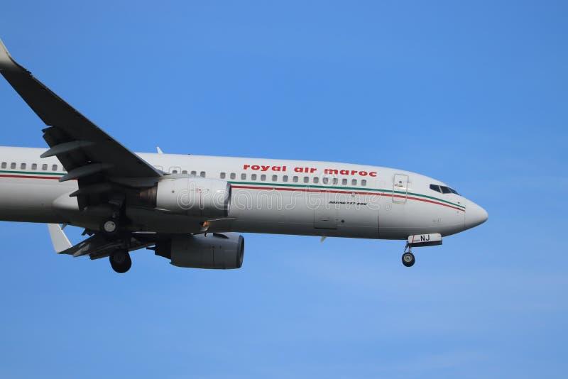 Амстердам, Нидерланд - 30-ое мая 2019: Воздух Maroc Боинг 737 CN-RNJ королевский стоковые фото