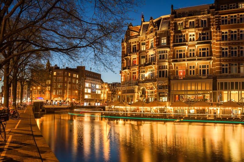 Амстердам в сумерк стоковые фотографии rf
