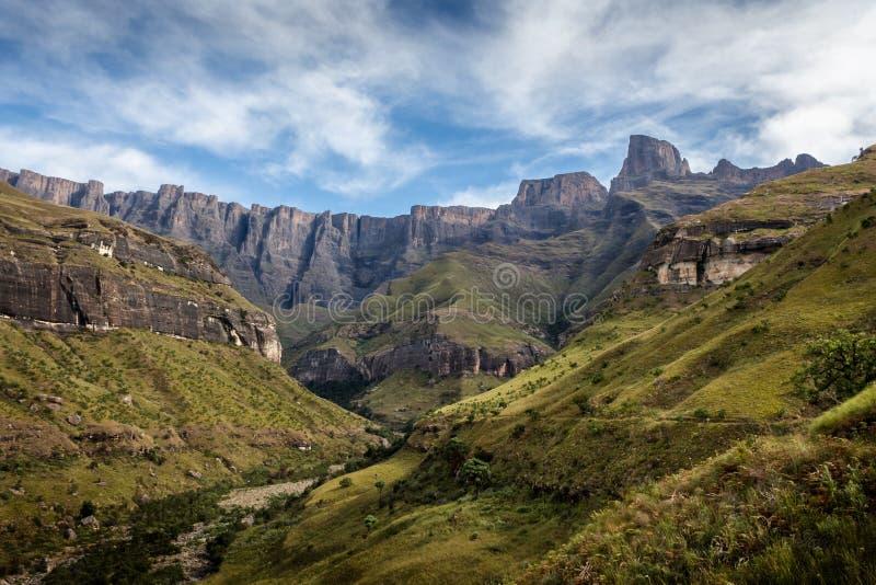 Амфитеатр гор Drakensberg стоковые фото