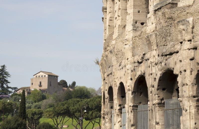 Амфитеатр Flavian или Колизей, величественный амфитеатр стоковые фотографии rf