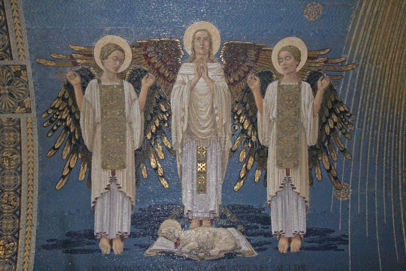 Ангелы, мозаика, держатель Табор, базилика Transfiguration стоковая фотография rf