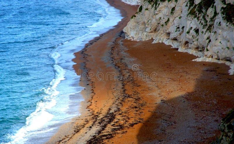 Английская южная береговая линия около двери Durdle стоковые фото