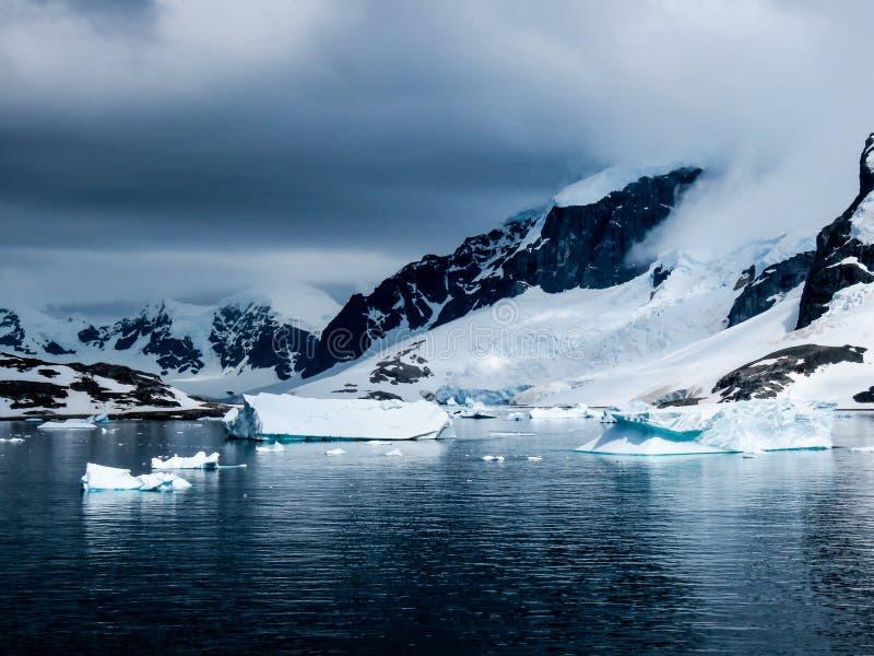 Антарктика в зиме стоковое изображение rf