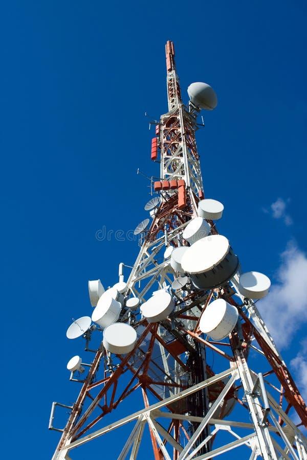 антенна барабанит мобильным телефоном рангоута стоковые изображения rf