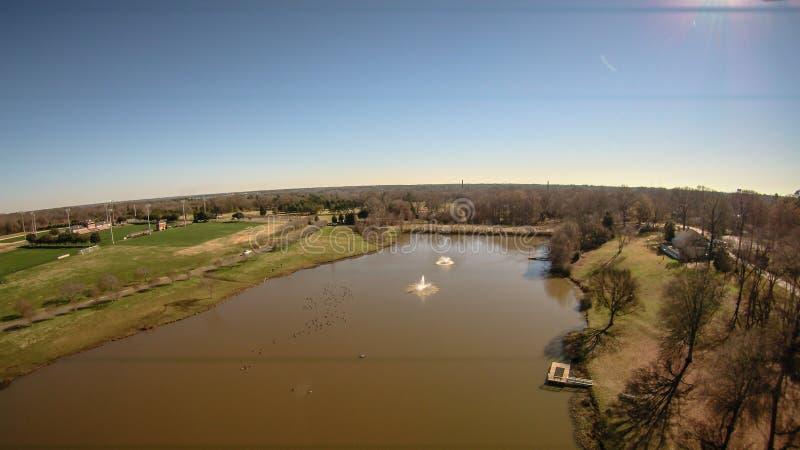 Антенна над озером в холме Южной Каролине утеса стоковые фото