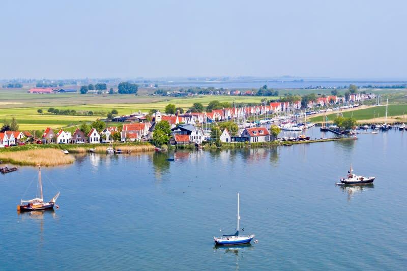 Антенна от традиционной деревни Durgerdam на IJsselmeer в Нидерланд стоковые фото