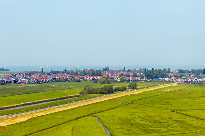 Антенна от традиционной деревни Marken на IJsselmeer в Нидерланд стоковые изображения rf