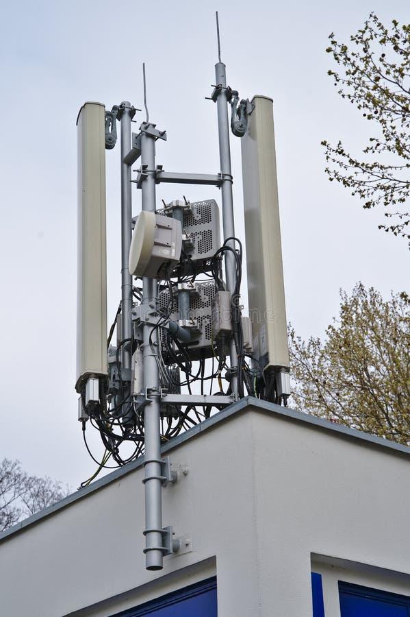 Антенны мобильного телефона стоковое изображение rf
