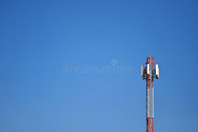 Антенны мобильной телефонной связи стоковые фотографии rf