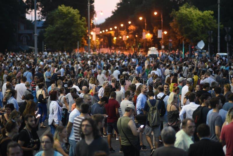 Антипровительственный протест в Бухаресте стоковое фото rf