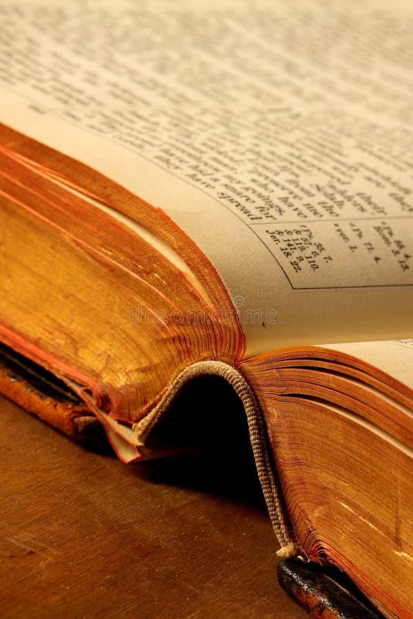 античная библия стоковые изображения rf