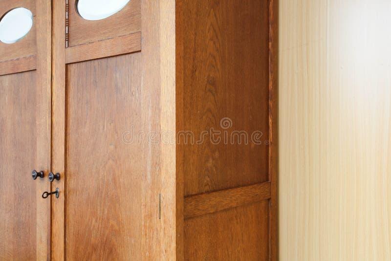 Античная винтажная деревянная текстура предпосылки шкафа, винтажный дизайн стоковые фотографии rf