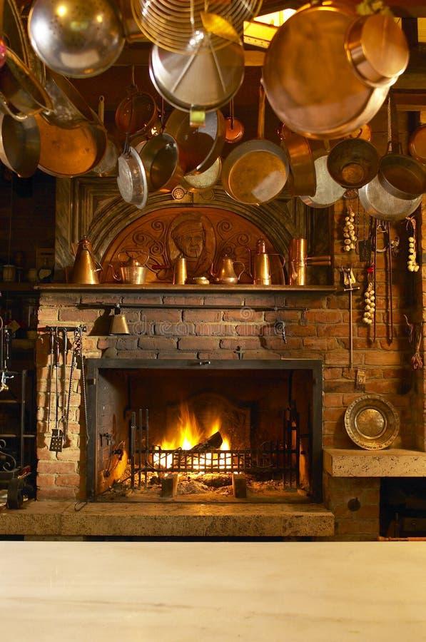 античная кухня камина стоковое изображение