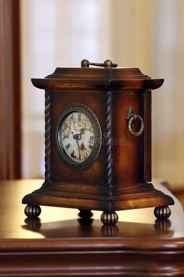 античные часы стоковые фотографии rf
