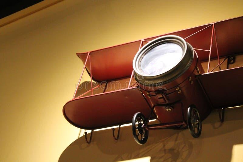 Античный деревянный модельный самолет стоковая фотография
