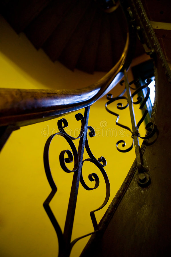 античный лестничный колодец railing стоковое фото