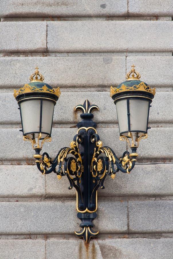 Античный столб лампы стоковые изображения rf