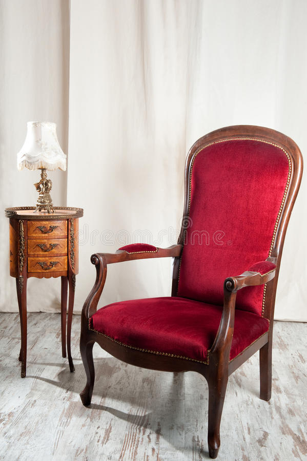 Античный стул стоковая фотография rf